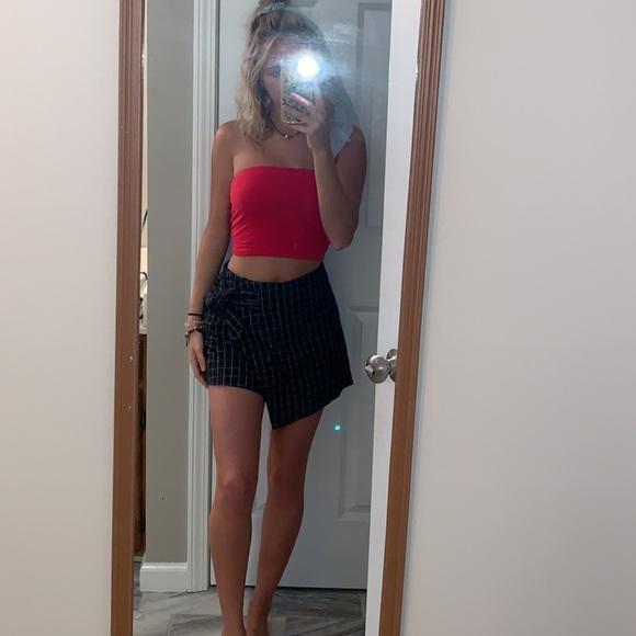 Lush Pants - Super cute plaid shorts/skirt